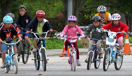 kids-during-riding