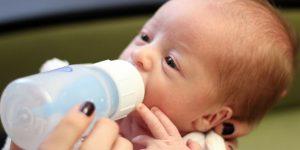 Sterlizing Baby Feeding Bottle